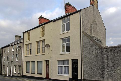 4 bedroom end of terrace house for sale - High Street, Llanerchymedd, North Wales