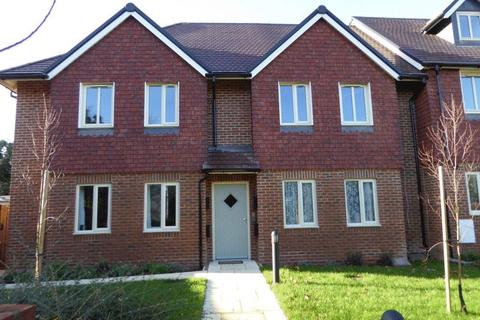 2 bedroom apartment to rent - Paddock Wood