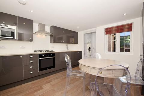 6 bedroom terraced house to rent - Marston Street