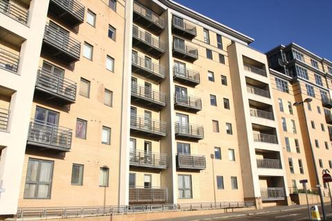 1 bedroom apartment to rent - CROMWELL COURT, BREWERY WHARF, LEEDS, LS10 1HN