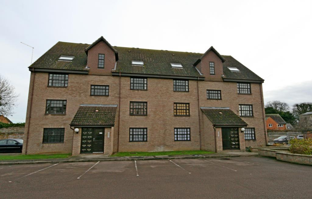 1 Bedroom Flat for sale in Church View, Church Walk, Bourne, Lincolnshire, PE10