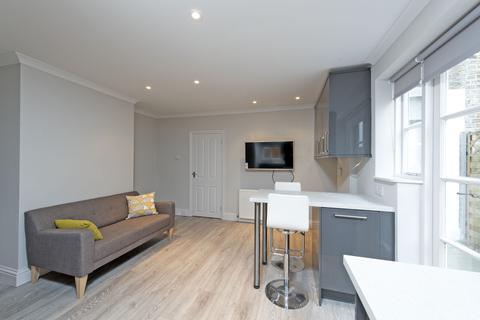 2 bedroom flat to rent - Goldsboro Road, London, SW8