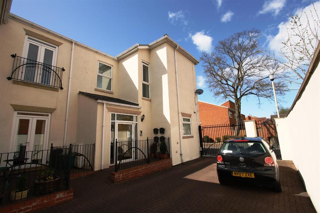 2 Bedrooms Apartment Flat for sale in Whessoe Road, Darlington