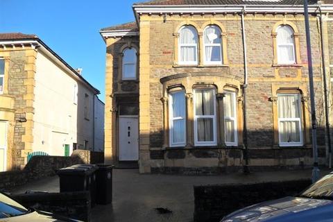 6 bedroom apartment to rent - Belvoir Road, St Andrews, BS6