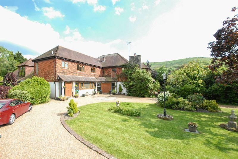 6 Bedrooms Detached House for sale in Underhill Lane, Ditchling