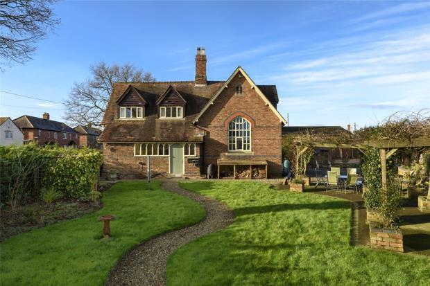 4 Bedrooms Detached House for sale in The Old School House, Heath Lane, Ellerdine, Telford