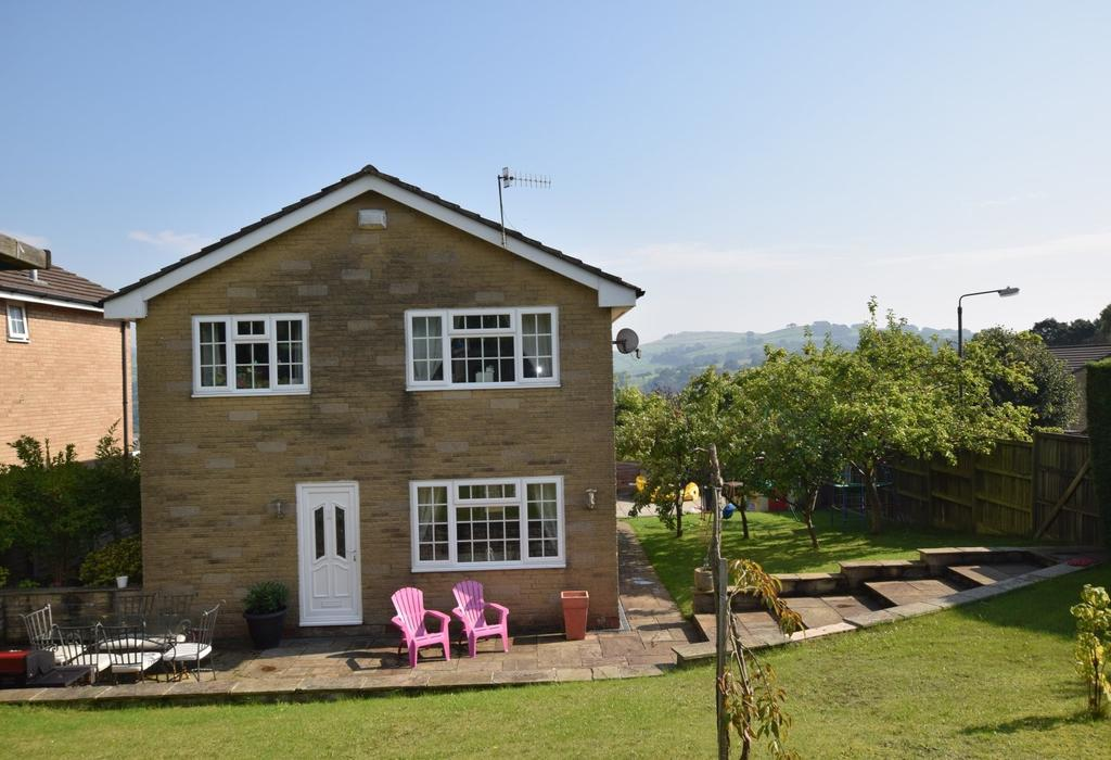 4 Bedrooms Detached House for sale in 7 Hill Drive, Whaley Bridge, High Peak