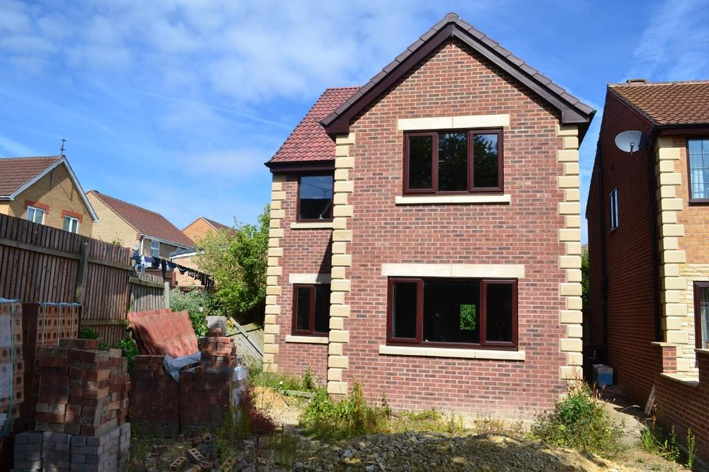 5 Bedrooms Detached House for sale in Stone Lea Grove, South Elmsall