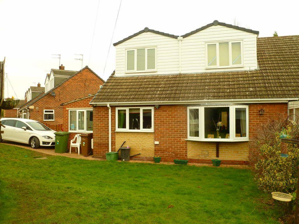 4 Bedrooms Semi Detached Bungalow for sale in Chapelfields, South Kirkby, South Kirkby, Pontefract, 3DS
