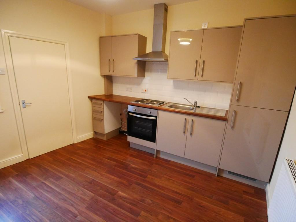 2 Bedrooms Terraced House for sale in 140 Hailgate, Howden