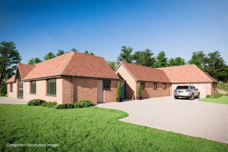 5 Bedrooms Detached Bungalow for sale in RANMORE COMMON, DORKING