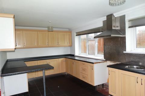 3 bedroom semi-detached house to rent - Clwyd Road, Swansea
