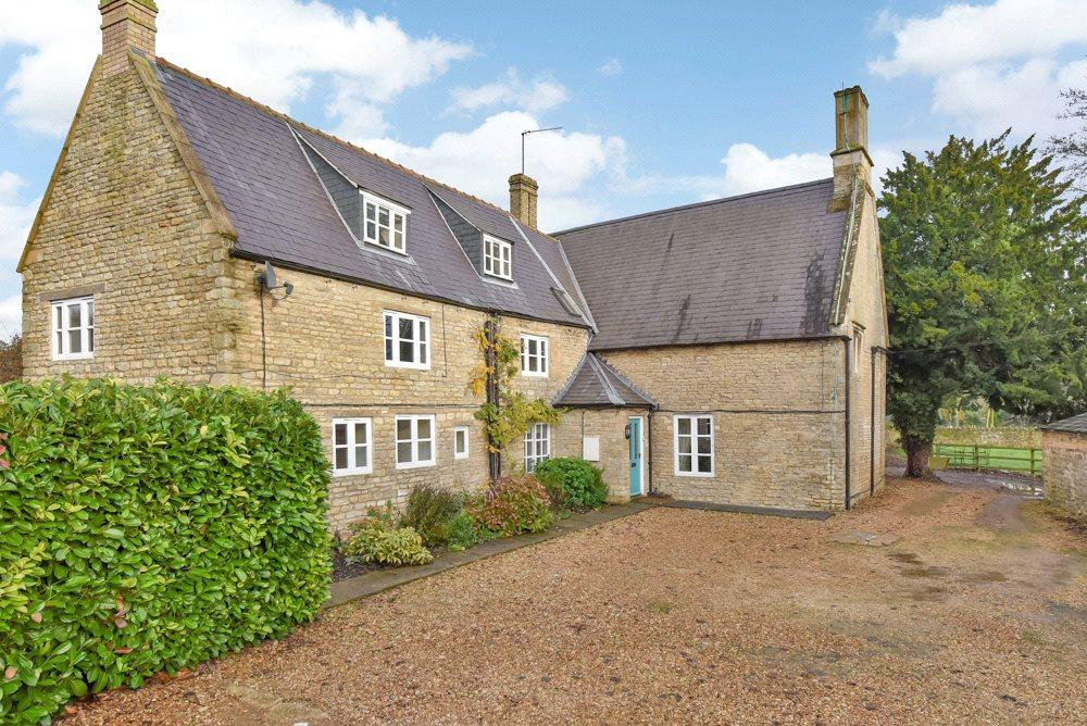 4 Bedrooms Semi Detached House for sale in Chapel Farmhouse, The Green, Ashton