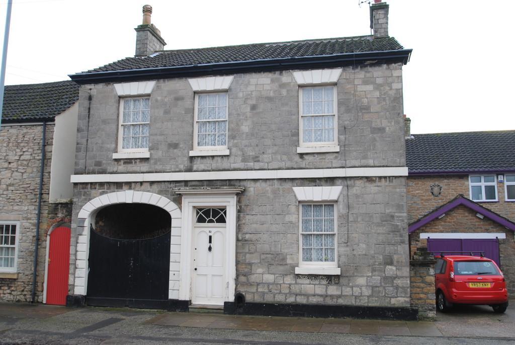 3 Bedrooms Detached House for sale in Sunderland Street, Tickhill