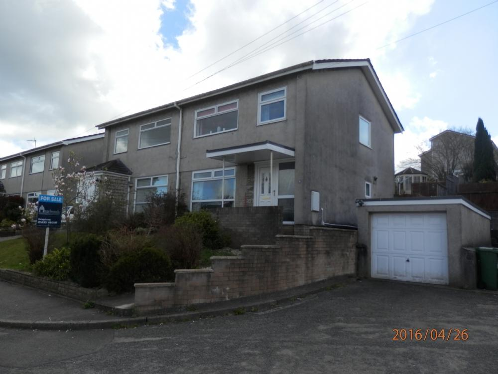 3 Bedrooms Semi Detached House for sale in Heol Deiniol, New Inn