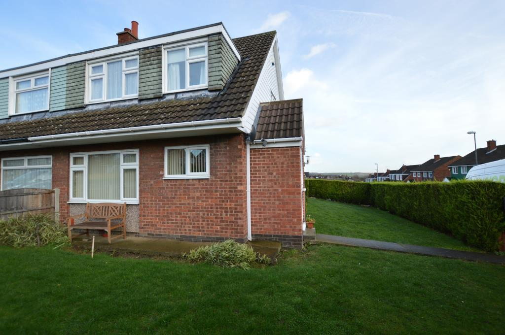 3 Bedrooms Semi Detached House for sale in Ullswater Crescent, Woodlesford, Leeds