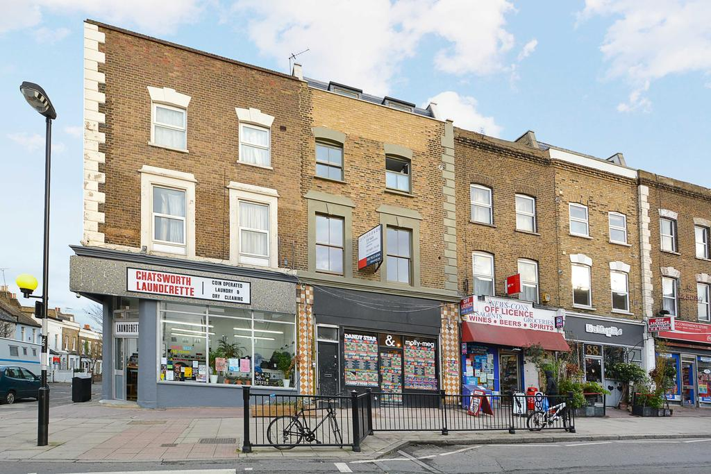1 Bedroom Flat for sale in Chatsworth Road, Clapton, London