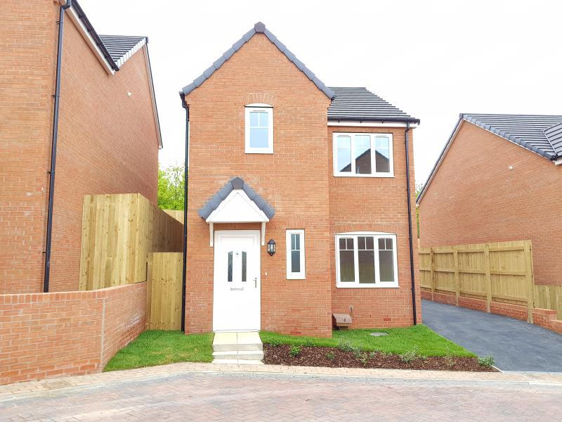 3 Bedrooms Town House for sale in PLOT 12 - THE NEWSHAM, MOORE PARK, HEALDFIELD COURT, CASTLEFORD, WF10TU