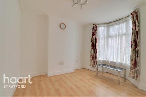 3 bedroom terraced house to rent - Hughan Road, Stratford, E15