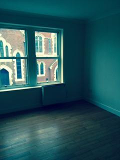 Studio to rent - Tower Chambers, 5 Tower Street, Hartlepool TS24