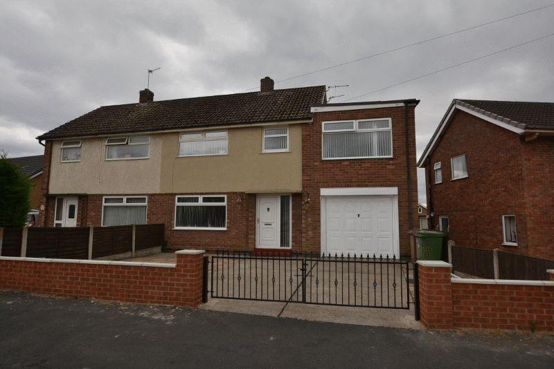 4 Bedrooms Semi Detached House for sale in Fairfield Road, Scunthorpe