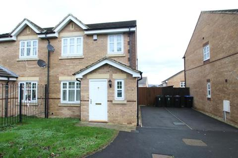 3 bedroom semi-detached house to rent - CRAG VIEW, BRADFORD, BD10 9HB