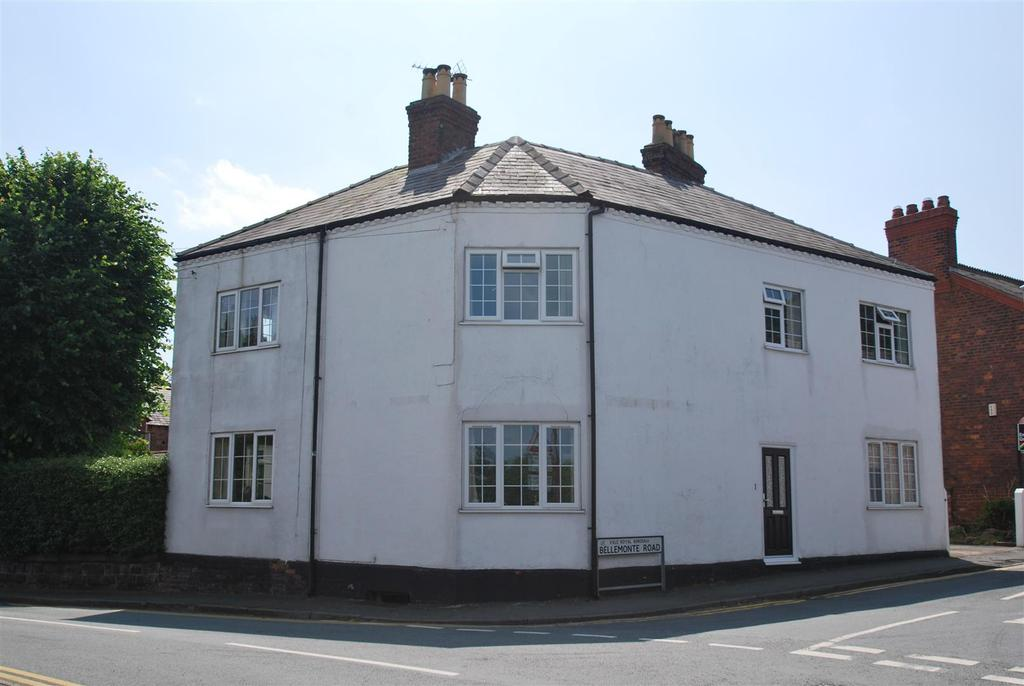 3 Bedrooms Semi Detached House for sale in Frodsham