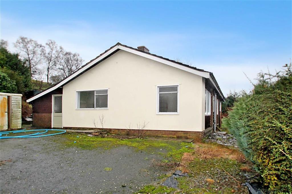 4 Bedrooms Detached Bungalow for sale in Llanbister Road, Llandrindod Wells