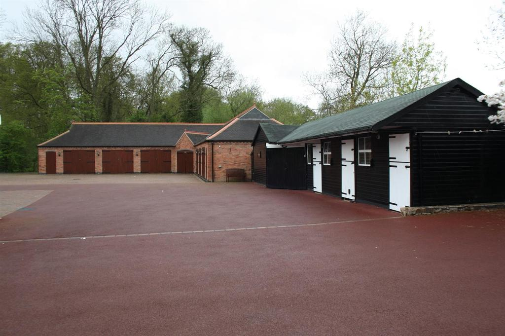 Timber stable block