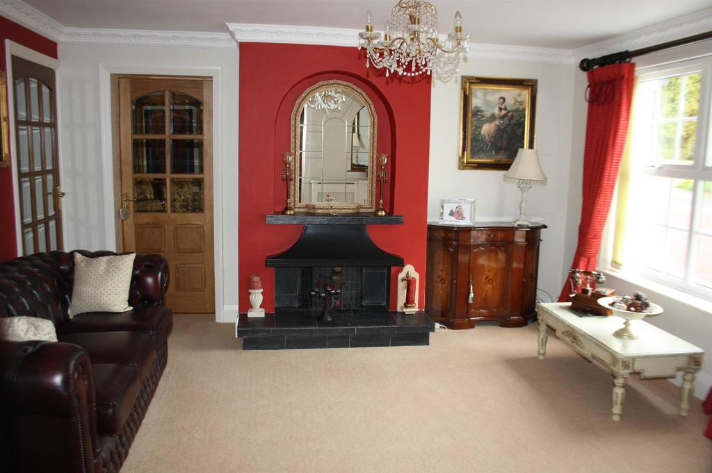 Reception/sitting room