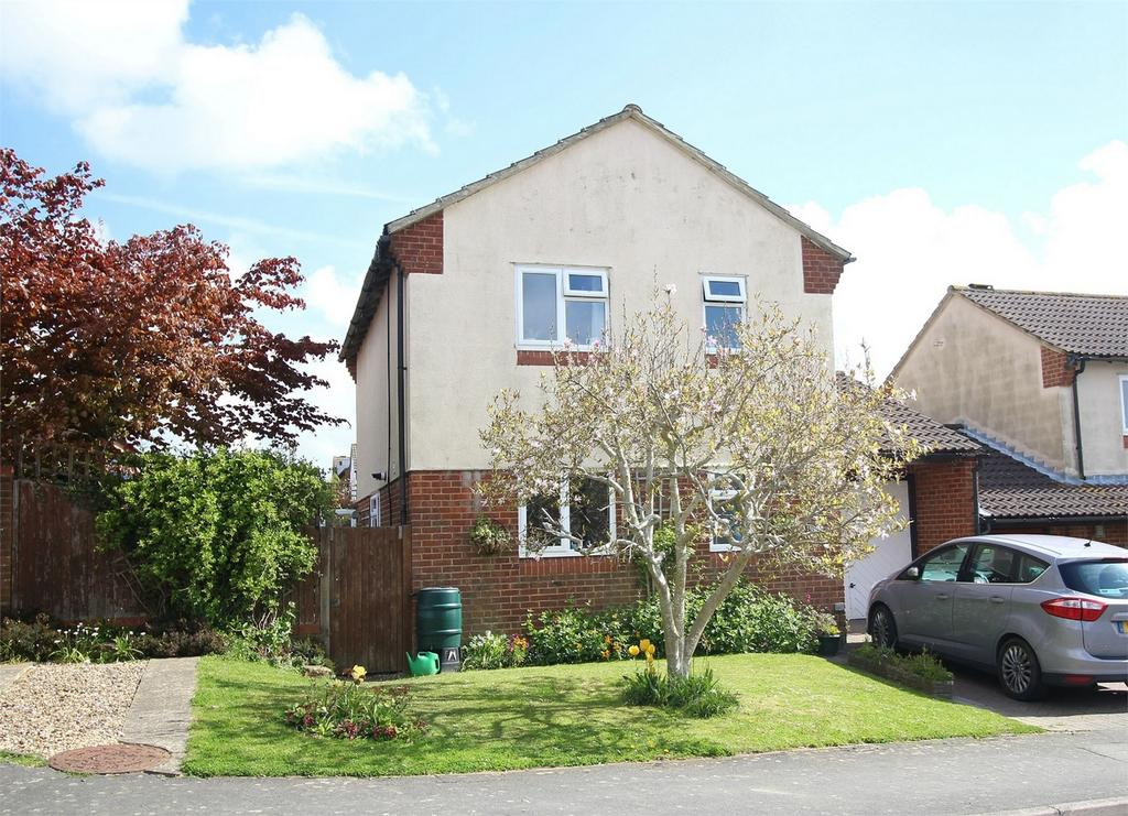 3 Bedrooms Detached House for sale in Ridgewood, Uckfield, East Sussex