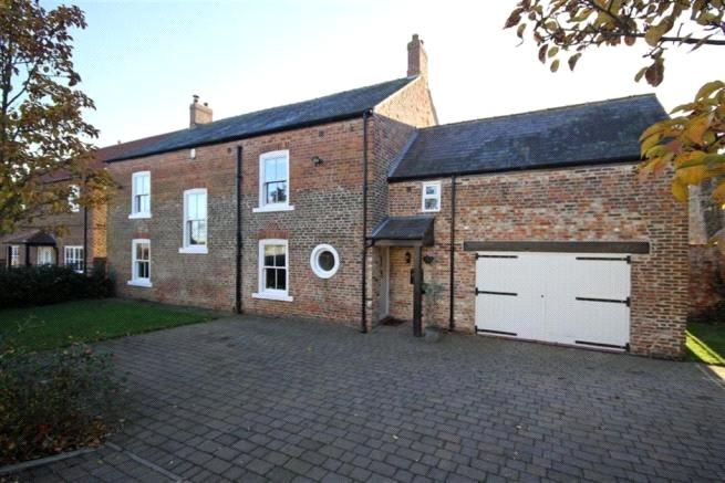4 Bedrooms Detached House for sale in Southfields Farm, Great Stainton, Stockton-On-Tees, TS21
