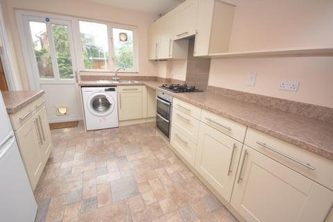 3 bedroom semi-detached house to rent - Barlows Reach, Chelmer Village, Chelmsford, Essex, CM2