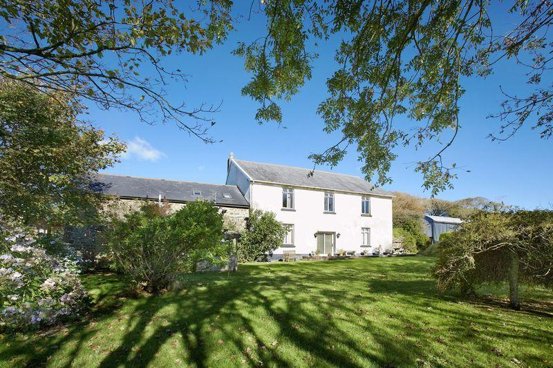 6 Bedrooms Farm House Character Property for sale in Higher Clovelly, Bideford