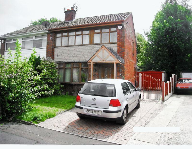 3 Bedrooms Semi Detached House for sale in Ashley Close, Castleton