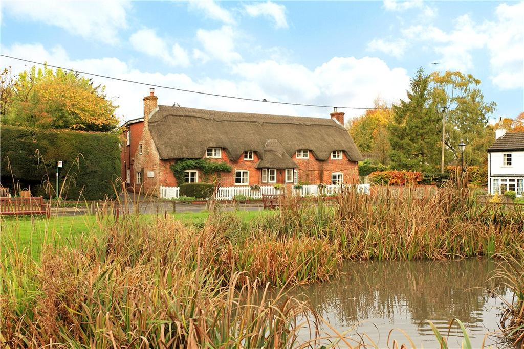 4 Bedrooms House for sale in Oakley Lane, Oakley, Basingstoke, Hampshire, RG23