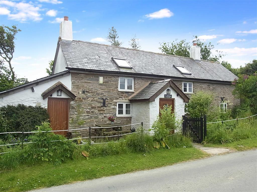 3 Bedrooms Cottage House for sale in Upper Castlewright Cottage, Kerry Ridgeway, Churchstoke, Powys, SY15