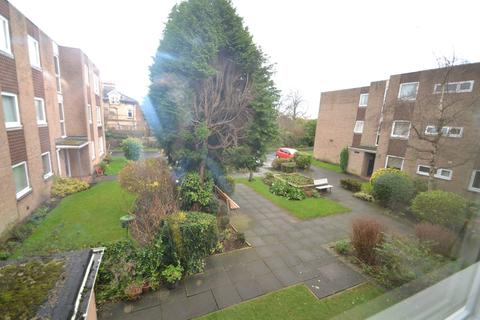 3 bedroom apartment to rent - Moseley Grange, Cheadle Hulme
