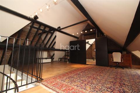 2 bedroom flat to rent - Barking Road, Plaistow, E13