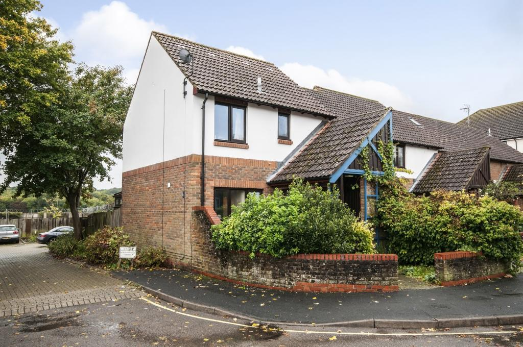 3 Bedrooms End Of Terrace House for sale in Milland Road, Winchester, Hampshire, SO23