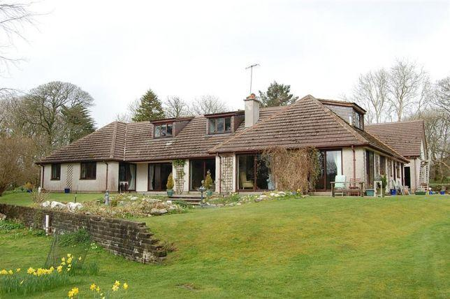 6 Bedrooms House for sale in Braaid Road, St Marks, IM93AR