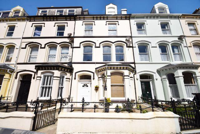1 Bedroom Apartment Flat for sale in Demesne Road, Douglas, IM1 3DY