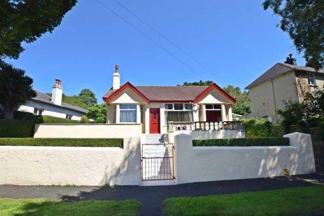 3 Bedrooms Bungalow for sale in High View Road, Douglas, IM25BQ
