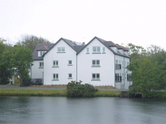 2 Bedrooms Apartment Flat for sale in Fairways Drive, Mount Murray, Braddan, IM42JF