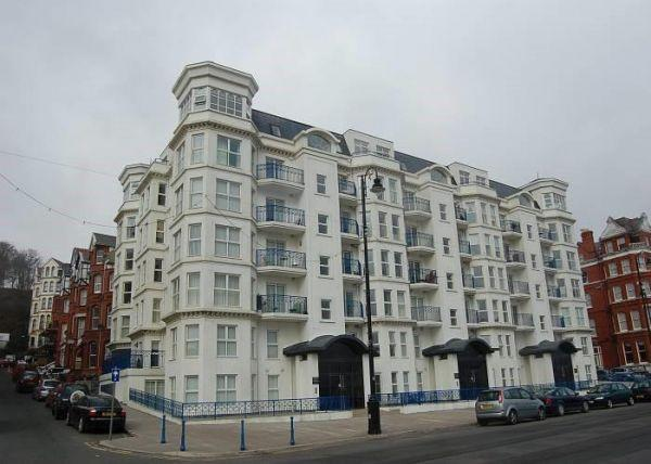 1 Bedroom Apartment Flat for sale in Empress Apartments, Central Promenade, Douglas, IM24EE
