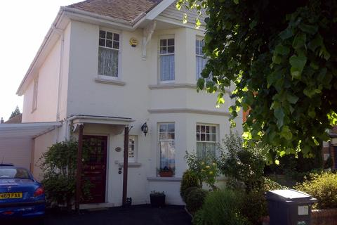 1 bedroom house share to rent - Bryanstone Road, Talbot Woods, Winton