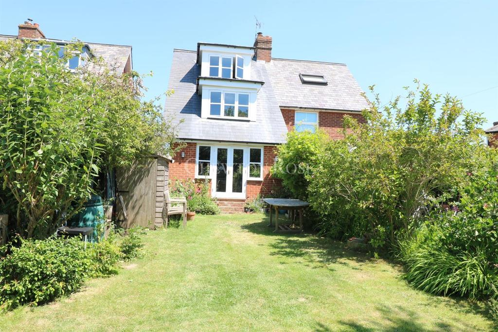 3 Bedrooms Semi Detached House for sale in Ticehurst, Wadhurst, East Sussex, TN5