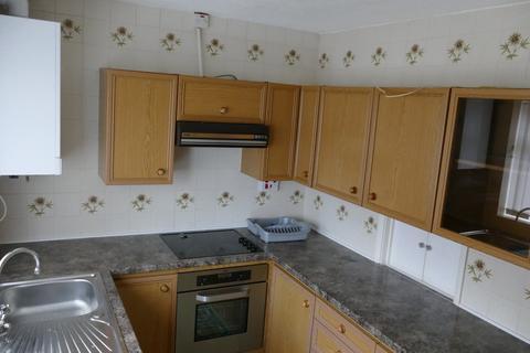 2 bedroom semi-detached bungalow to rent - Cayton Close, Redcar TS10