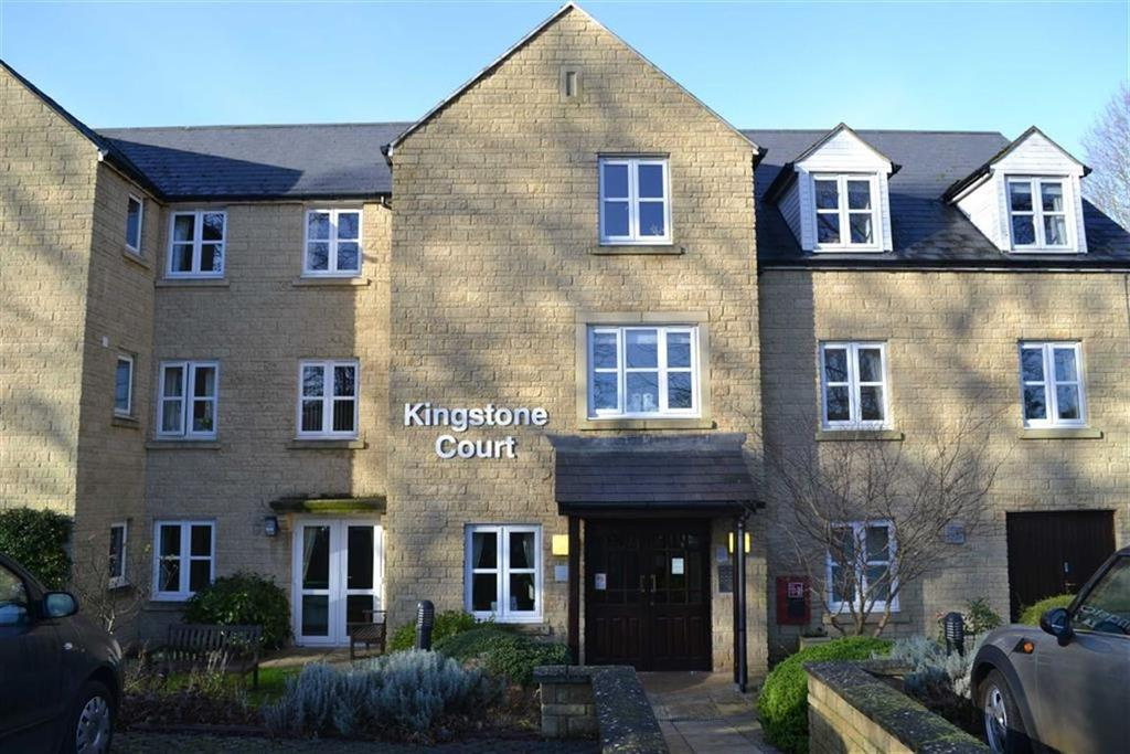 1 Bedroom Flat for sale in Kingstone Court, Chipping Norton, OXON