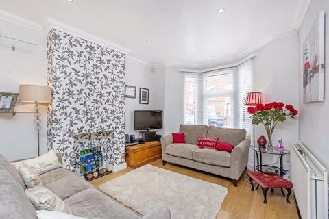 2 bedroom house to rent - Verran Road, Balham